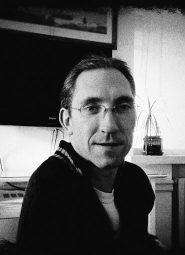 Auteur - Adam Reynolds