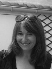 Auteur - Alexandra Gompertz