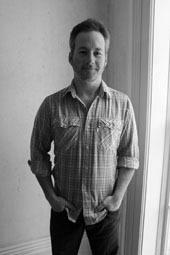 Auteur - Chris Jones